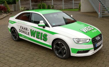 Fahrzeugbeschriftung auf Ihrem PKW:Werbung & Beschriftung in Mauerstetten - Metzig ist fetzig!